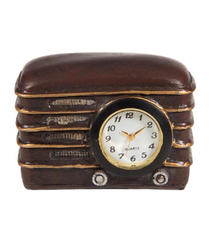Radiyo formalı masa saatı