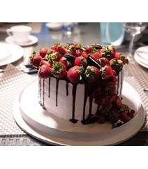 Çiyələkli tort