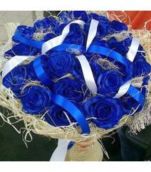 25 mavi qızılgül