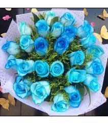 Mavi qızılgül buketi