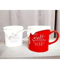 """""""You melt my heart"""" yazılı fincanlar"""