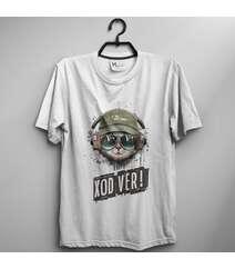 Ferqli dizaynda T-shirt