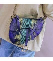 Bənövşəyi rəng çanta
