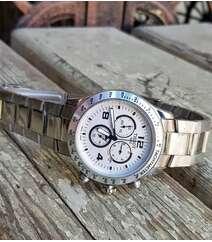 Tissot gümüşü AAA class kişi saatı