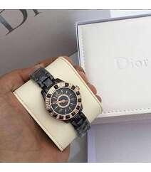 Dior brendin  qol saatı